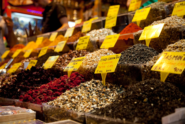 Teas for sale at an Istanbul market. Photo: Mars Karochkin