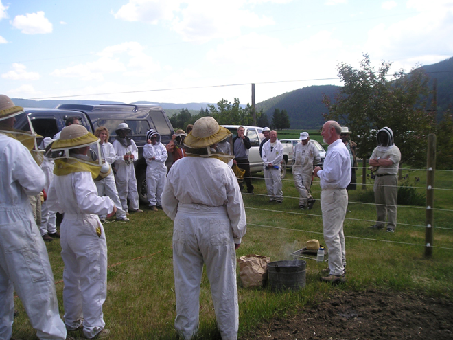 A Central Cariboo Beekeepers Association field day in Soda Creek with John Gates. Education is key to saving the bees. Photos: Diane Dunaway