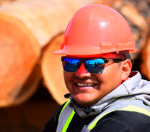 Sawmill Training Provided to Yunesit'in Community Members
